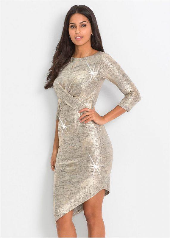 Złota sukienka z metalicznym połyskiem