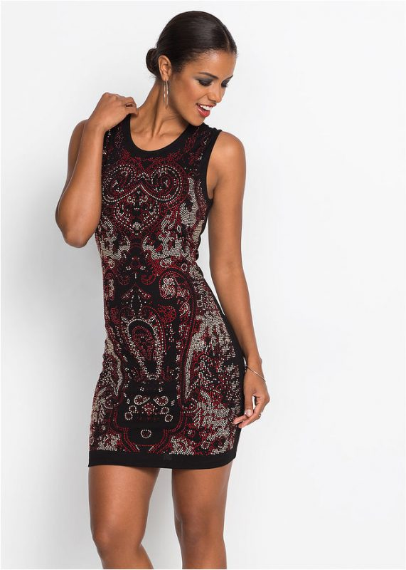 Wieczorowa sukienka ze sztrasami