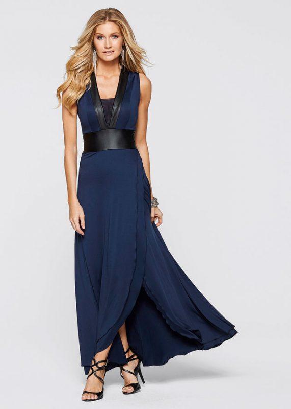 Długa sukienka dopasowana w talii