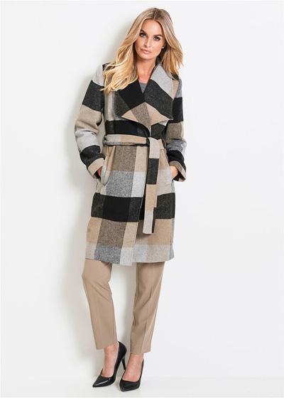 Elegancki płaszcz damski w kratę