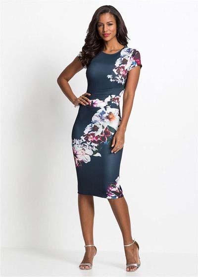 Elegancka sukienka ołówkowa w kwiaty granatowa